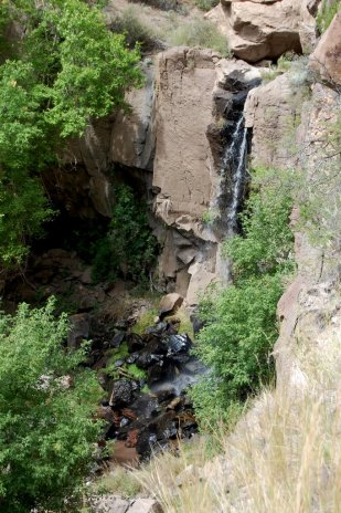lower-frijoles-falls-15